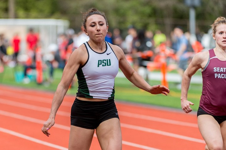 School Record in Women's 4x400 Leads Vikings at Competitive Mondo Mid-Major Team Challenge